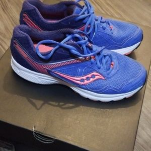 Saucony Shoes - Womens Shoes